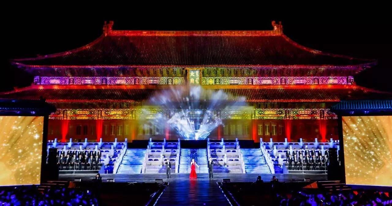绝美的金伯利太庙水幕电影在这里!